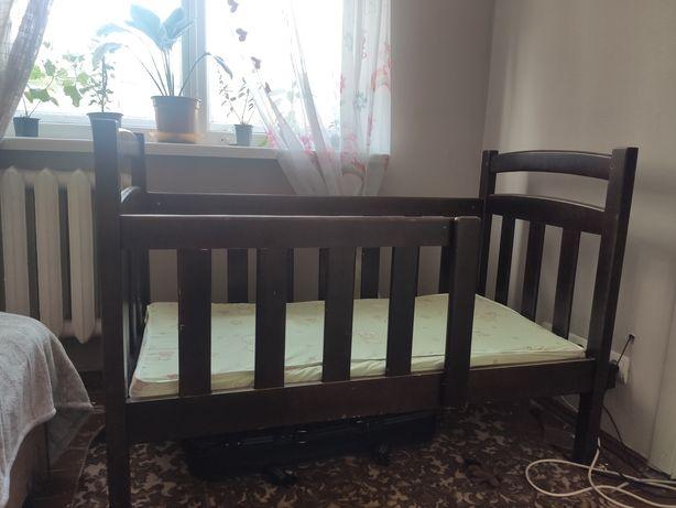 Кроватка детская +матрас с кокосовой койрой