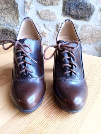 Vários pares de sapatos de senhora 5€