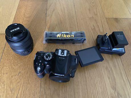 Nikon D5200 + lente 18-55 + 4 baterias + alça
