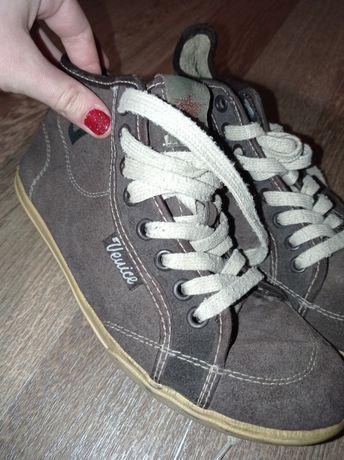 """Продам ботинки """"Veuice"""" на мальчика"""