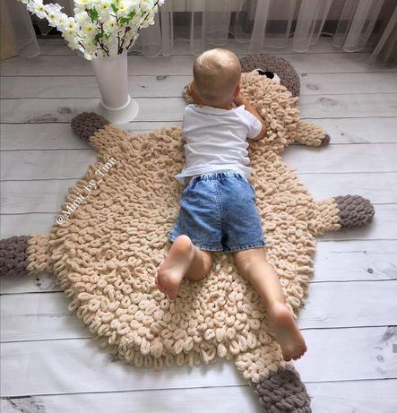 Трикотажный коврик для ребенка,пуфик и корзинка для игрушек