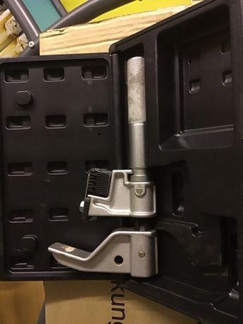 Grzebienowy nóż gwintujący