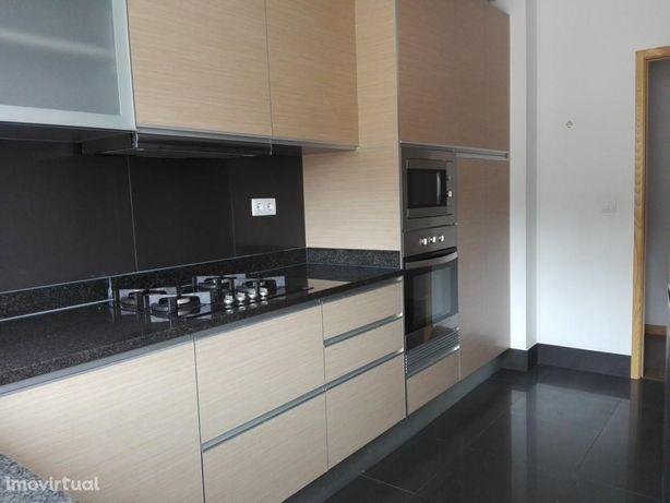 Apartamento T2 em Coimbra (Solum)