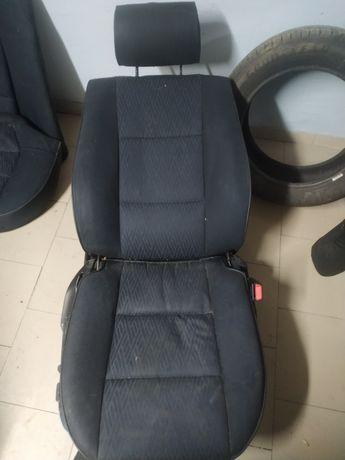 Wnętrze E39 (fotele, kanapa, boczki)