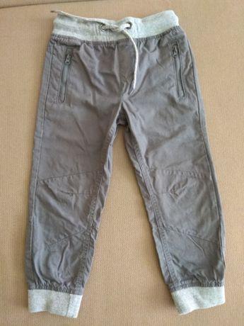 Spodnie r.104 nowe