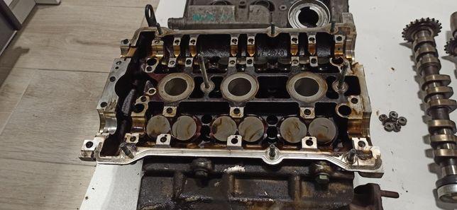 Silnik głowica lewa wałki wałek rozrządu 2.4 APS ARJ