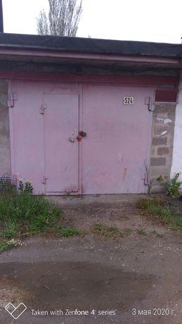 Продам шлакоблокоблочный гараж