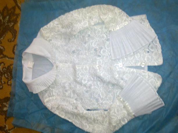 Продам красивую блузку(Польша) для школы рост 128