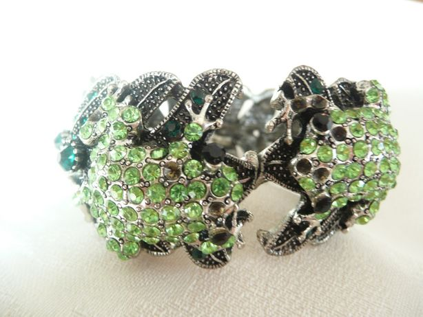 Bransoleta żabki amulet stylizowane srebro cyrkonie szafir