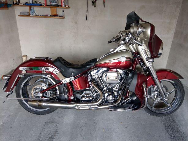 Harley Flstse CVO Softail Convertible  (Fat boy Electra Road Glide)