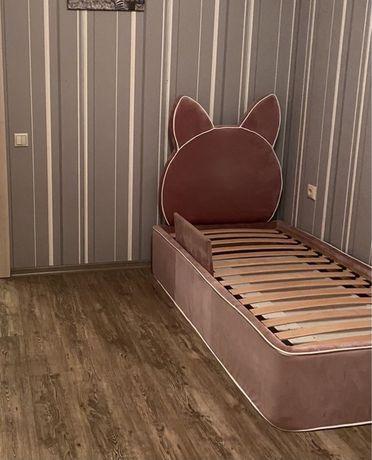 Кроватка, кровать для девочки