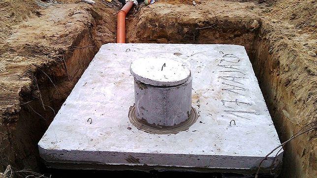 Prace ziemne, szamba betonowe, drenaże itp.