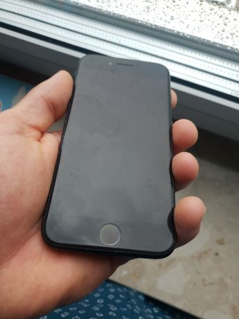 Iphone 7 + airpods - mikrofon do naprawy. Na sluchawlach OK.