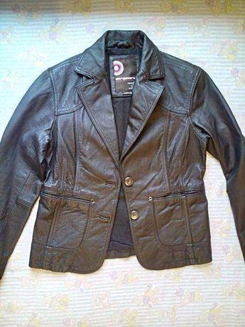 Blazer de couro de mulher Gangster tamanho L BL 333