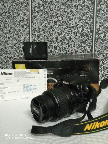 Зеркалка Nikon D3100