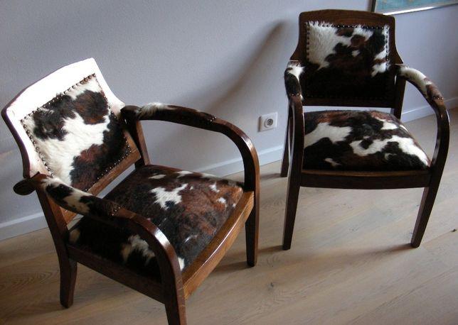 Fotele dębowe w skórze cielęcej XIX wiek