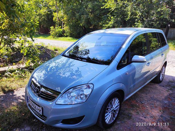 Opel Zafira B. Sport. 2009. 1.6 turbo. 7 mest.