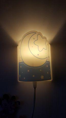 Lampka nocna nad łóżeczko