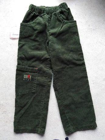 Spodnie sztruksowe 104 cm