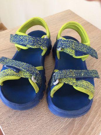 Sandały Quechua 29