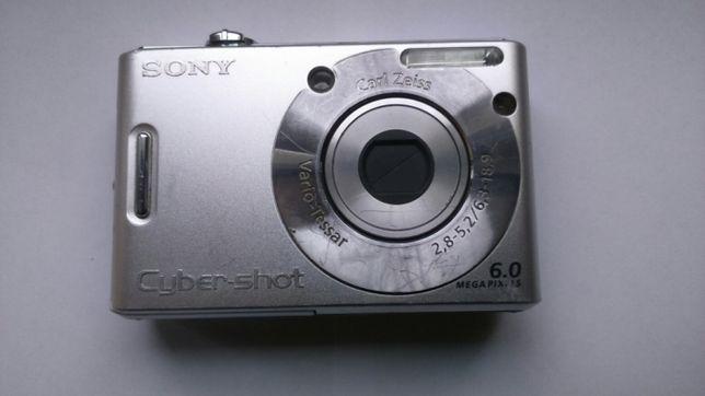SONY DSC W30 aparat fotograficzny cyfrowy, uszkodzony + bateria