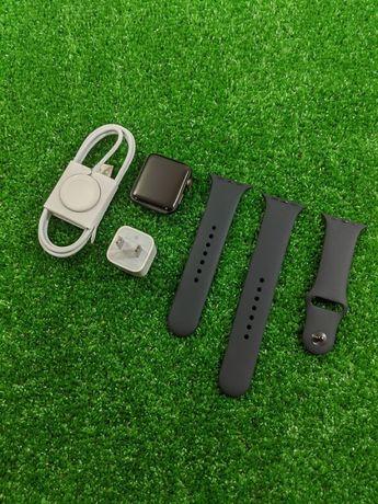 Смарт-часы Apple Watch Series 3 42 mm GPS Space Gray / Silver