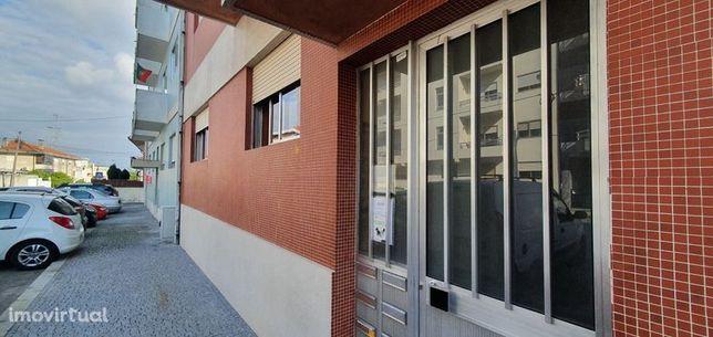 Arrendo T2+1 c/ garagem em Rio Tinto