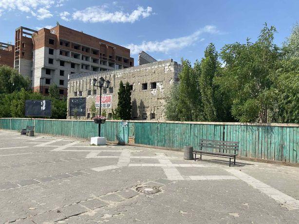 Продам комерческий обьект на 30 сотках приватизиро земли в Славутиче