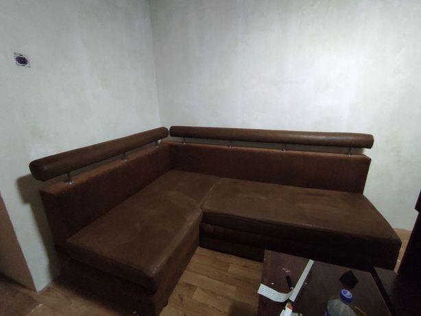 Уголок, угловой диван