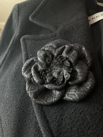 Пальто дизайнерское чёрная шерсть с кашемиром отделка кожа.