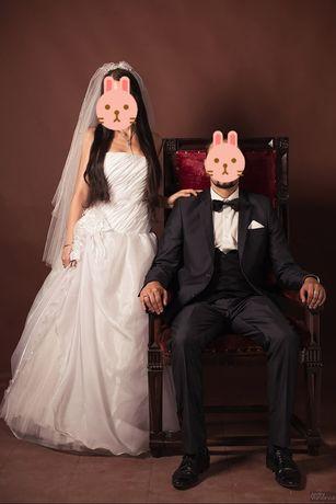 Весільне плаття, фата, букет