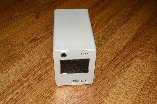 Двухдисковый сетевой накопитель ZyXEL NSA220