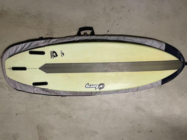 Prancha de surf da marca Torq