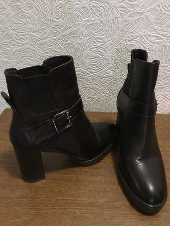 Женские , кожаные ботинки