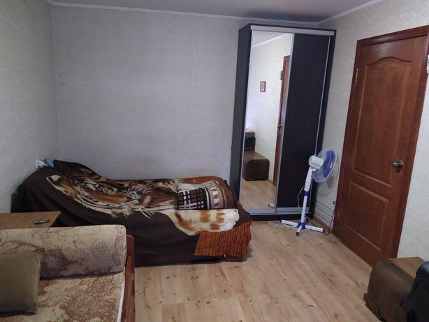 Здається в оренду квартира на Комарова 9а, всі зручності, гарне розміщ
