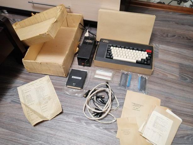 Советский компьютер Электроника БК 0010-О1.