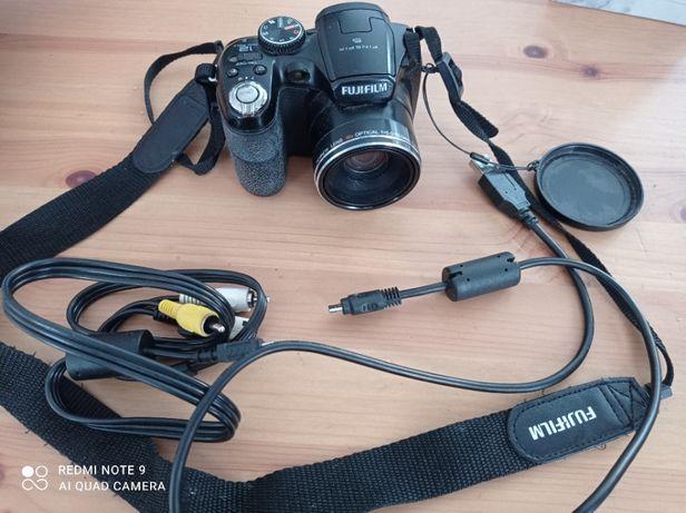 aparat fotograficzny cyfrowy FUJIFILM FinePix S1800