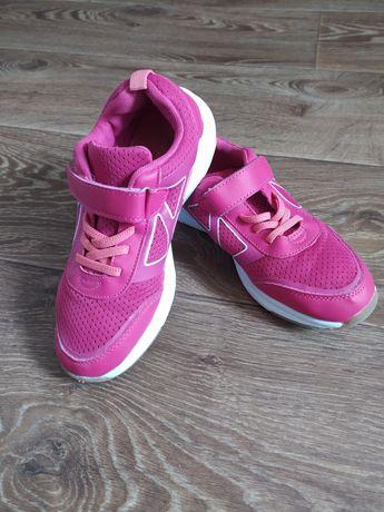 Кроссовки для девочки 34 35 размер идеальное состояние