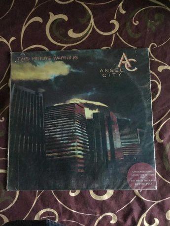 "LP  Angel city :""Тwo minut warning"", Hard-rock, 1984, МCA. Made in USA"
