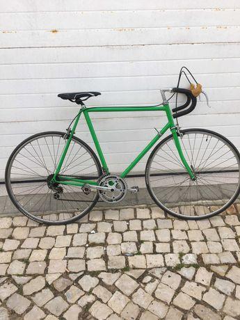 Bicicleta de estrada clássica