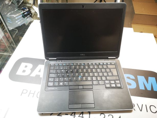 Laptop do zdalnej nauki Dell EF440 I7 8GB 256Gb 14'' 3G