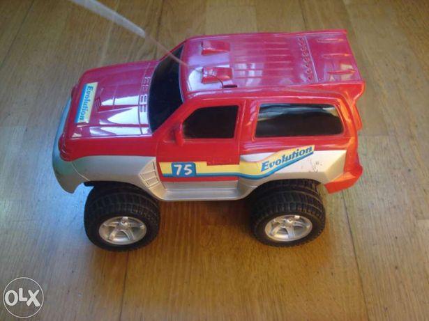Vendo jeep com comando-