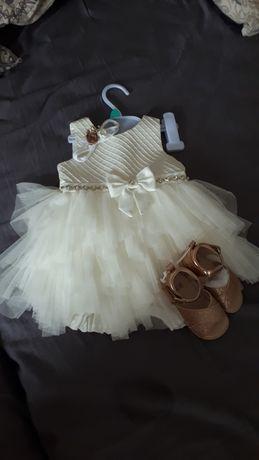 Śliczne sukieneczki na chrzciny/roczek  80 bliźniaczki