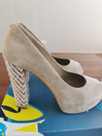 Sapato de senhora da Prof