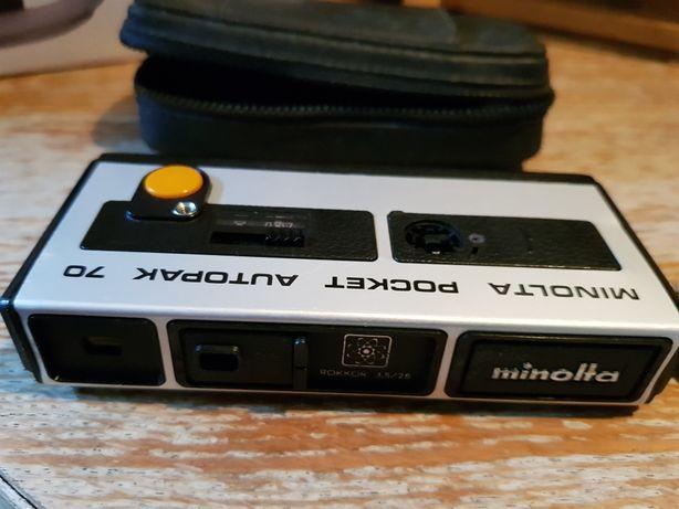 Máquina fotográfica Minolta pocket autopak 70