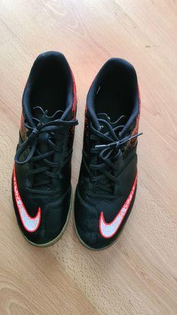 Ténis Nike futsal