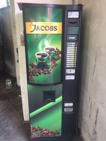 Кофеавтомат для растворимого кофе. Полностью рабочий. В работе