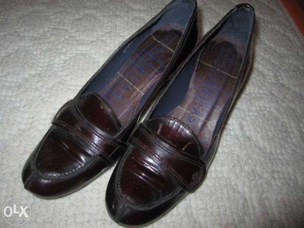 Sapatos Marca Hispanitas C/NOVOS nº 37