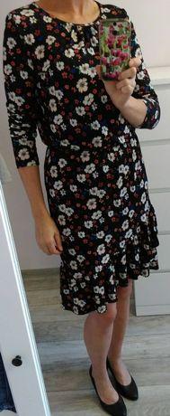Sukienka w kwiaty Mohito rozm. S