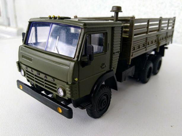 Модель СССР Колекційна модель КАМАЗА 55102